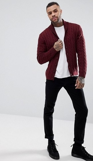 How to wear: black suede casual boots, black chinos, white crew-neck t-shirt, burgundy shawl cardigan