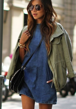 How to wear: gold bracelet, black leather crossbody bag, blue denim casual dress, olive anorak