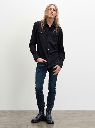 How to wear: black denim shirt, navy jeans, navy leather casual boots