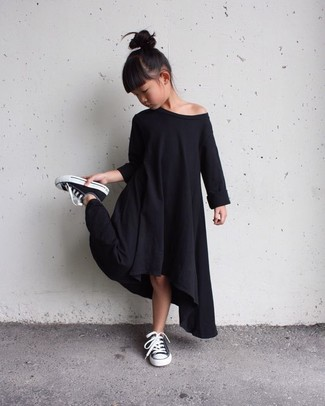 How to wear: black dress, black sneakers