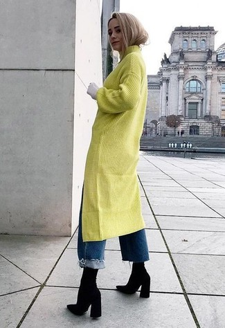 How to wear: black elastic ankle boots, blue boyfriend jeans, green-yellow sweater dress