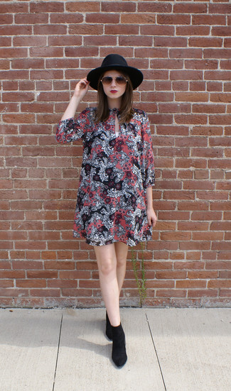 How to wear: dark brown sunglasses, black wool hat, black suede ankle boots, pink floral swing dress