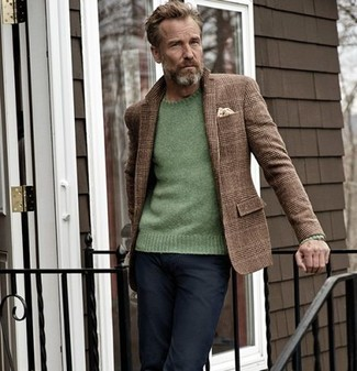 How to wear: beige pocket square, black jeans, green crew-neck sweater, brown plaid wool blazer