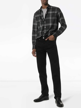How to wear: black leather derby shoes, black jeans, grey crew-neck t-shirt, charcoal plaid flannel long sleeve shirt