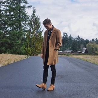 How to Wear Tan Suede Chelsea Boots For Men: A classic and casual combo of a camel overcoat and black jeans can maintain its relevance in a multitude of settings. If you want to effortlessly elevate this outfit with one single item, add a pair of tan suede chelsea boots to your outfit.