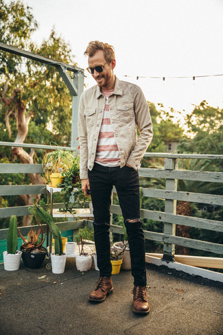 How to wear: brown leather casual boots, black ripped jeans, white and red horizontal striped crew-neck t-shirt, beige denim jacket