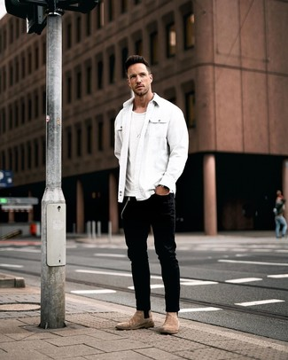 How to wear: brown suede chelsea boots, black jeans, white crew-neck t-shirt, white shirt jacket