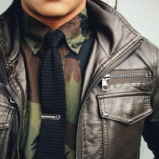How to wear: black knit tie, olive camouflage long sleeve shirt, dark brown leather bomber jacket