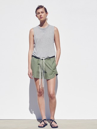 How to wear: black leather flat sandals, olive shorts, grey tank