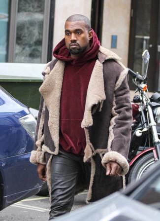 How to wear: black leather jeans, burgundy velvet hoodie, dark brown shearling jacket