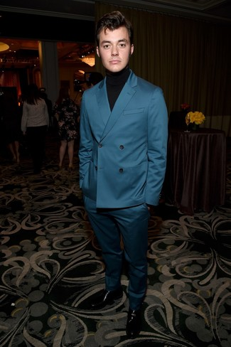 How to wear: black leather loafers, black turtleneck, teal suit