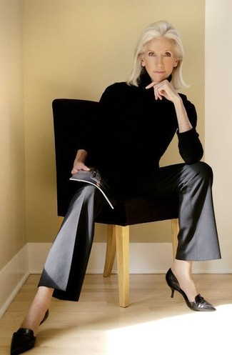 How to wear: black leather pumps, black wide leg pants, black turtleneck