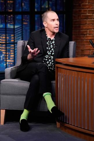 How to wear: green socks, black velvet loafers, black floral short sleeve shirt, black suit
