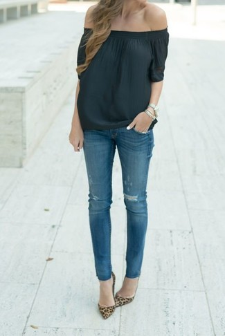 A black off shoulder top and blue ripped skinny jeans are great essentials to incorporate into your current wardrobe. Dress up this look with brown leopard suede pumps. If you're on the hunt for a season-appropriate ensemble to prove you're the bomb, this one is great.