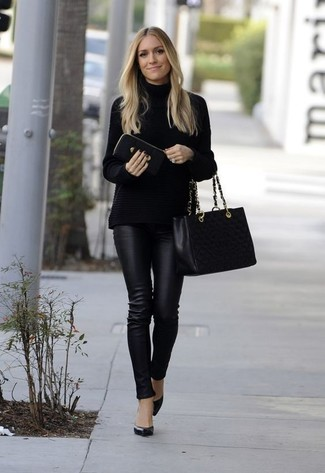 How to wear: black quilted leather tote bag, black leather pumps, black leather skinny pants, black knit turtleneck