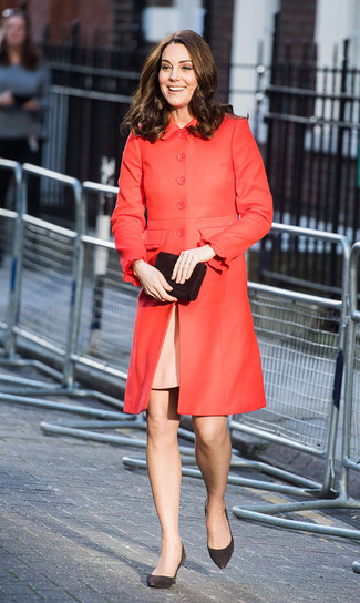 How to wear: black suede clutch, black suede pumps, pink sheath dress, red coat
