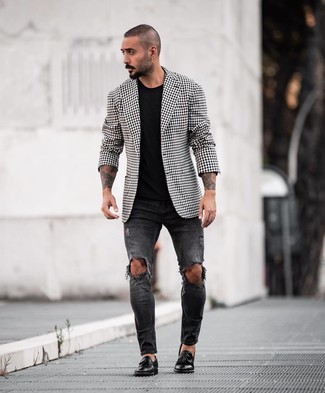 How to wear: black leather tassel loafers, black ripped skinny jeans, black crew-neck t-shirt, black and white gingham blazer