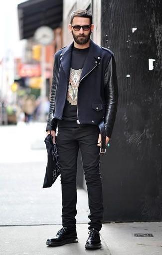 How to wear: black leather derby shoes, black skinny jeans, black print crew-neck t-shirt, black leather biker jacket