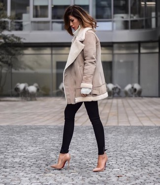 How to wear: tan leather pumps, black skinny jeans, white wool turtleneck, beige shearling jacket