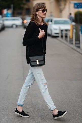 jeans with black and white shoes