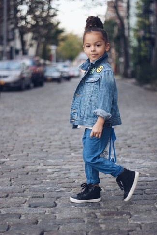 How to Wear Navy Trousers For Girls: Suggest that your little one choose a blue denim jacket and navy trousers for a laid-back yet fashion-forward outfit. Black sneakers are a good choice to round off this getup.