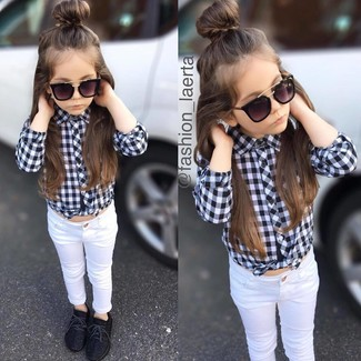 How to wear: black sunglasses, black sneakers, white jeans, black and white check long sleeve shirt