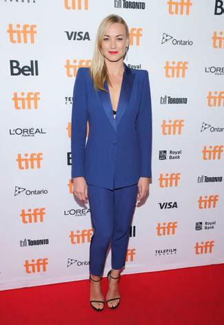 How to wear: black suede heeled sandals, blue suit