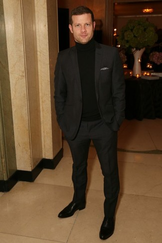Dermot O'Leary wearing Black Suit, Black Turtleneck, Black Leather Oxford Shoes, Grey Pocket Square