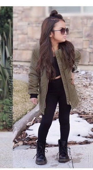 How to wear: black top, olive parka, black jeans, black boots
