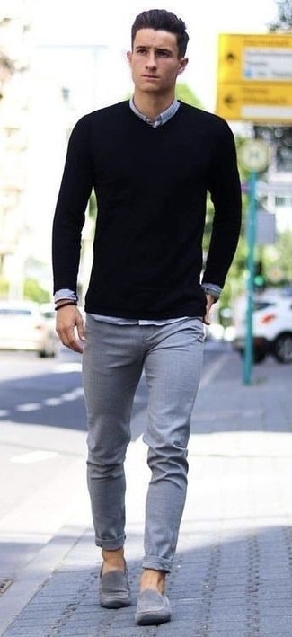 How to wear: black v-neck sweater, grey chambray long sleeve shirt, grey chinos, grey suede loafers