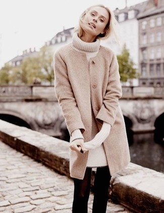 How to Wear Black Wool Tights: This is definitive proof that a beige coat and black wool tights look amazing when you team them together in a relaxed casual ensemble.