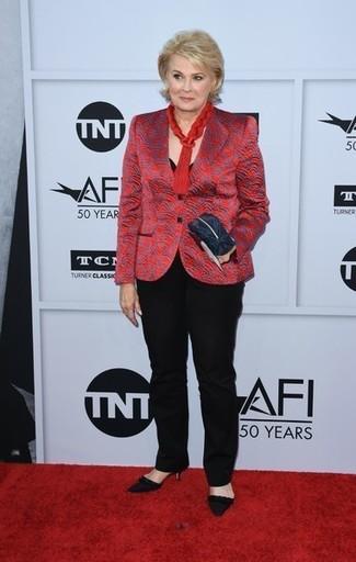 How to wear: red print blazer, black crew-neck t-shirt, black dress pants, black suede pumps