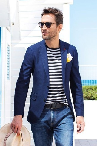 How to wear: navy blazer, white and black horizontal striped crew-neck t-shirt, blue jeans, beige straw hat
