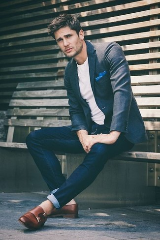 How to wear: charcoal wool blazer, white crew-neck t-shirt, navy skinny jeans, brown leather double monks