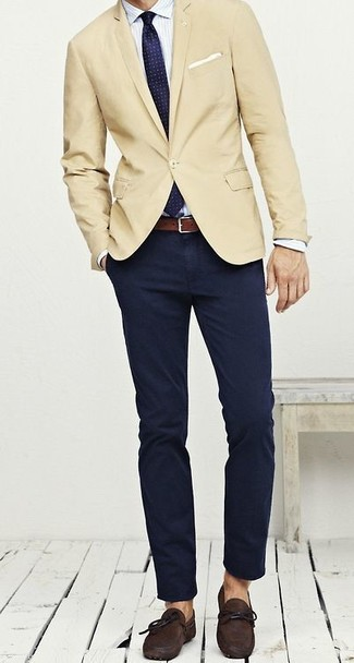 How to wear: beige blazer, white vertical striped dress shirt, navy chinos, dark brown suede driving shoes