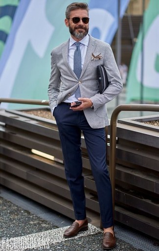 How to wear: grey blazer, light blue dress shirt, navy chinos, brown leather loafers