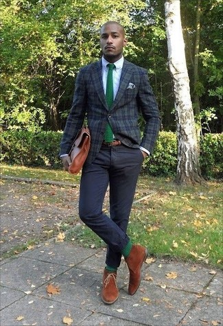 How to wear: dark green plaid blazer, white dress shirt, black chinos, tobacco suede desert boots