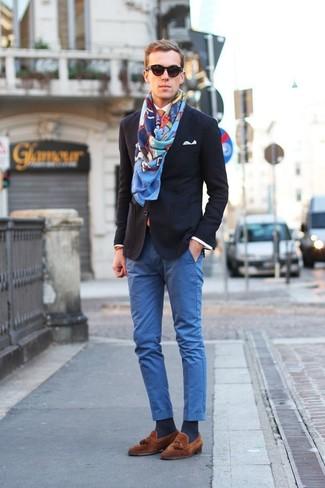 How to wear: navy blazer, white dress shirt, blue chinos, brown suede tassel loafers