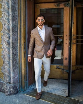 How to wear: brown blazer, white dress shirt, white dress pants, brown suede boat shoes