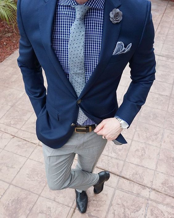 Can i wear grey pants with black jacket