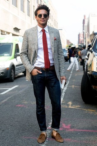 How to wear: grey plaid blazer, white dress shirt, navy jeans, brown suede tassel loafers