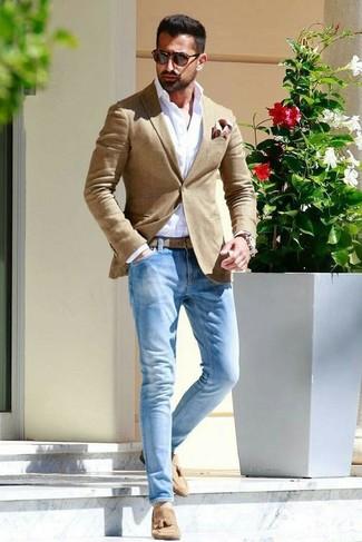 How to wear: tan blazer, white dress shirt, light blue jeans, tan suede tassel loafers