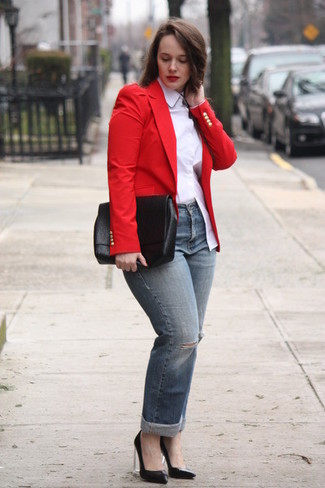 How to wear: red blazer, white dress shirt, grey ripped jeans, black leather pumps