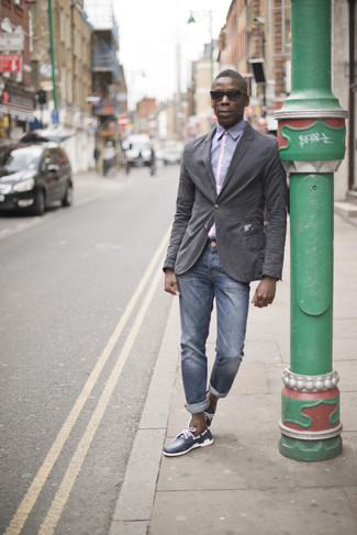 How to wear: charcoal cotton blazer, light violet dress shirt, blue jeans, navy leather boat shoes