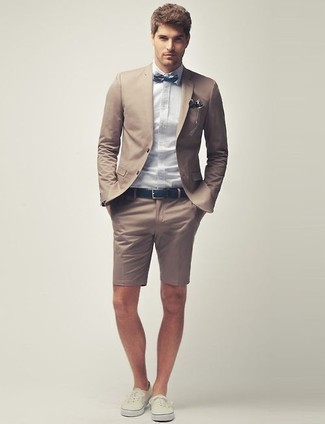 How to wear: tan blazer, light blue dress shirt, tan shorts, beige low top sneakers