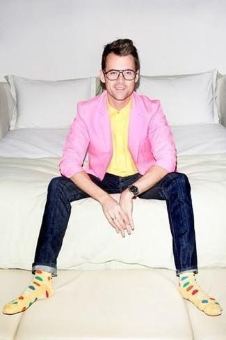 How to wear: pink blazer, yellow dress shirt, navy skinny jeans, black watch
