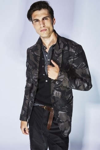 How to wear: charcoal camouflage blazer, black henley sweater, grey henley shirt, black jeans
