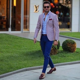 How to wear: pink blazer, light blue paisley long sleeve shirt, navy chinos, dark brown leather tassel loafers