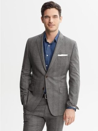 Choose a grey plaid suit jacket and grey suit pants for a classic and refined silhouette. As this look demonstrates, you can't think of a better option for summer.
