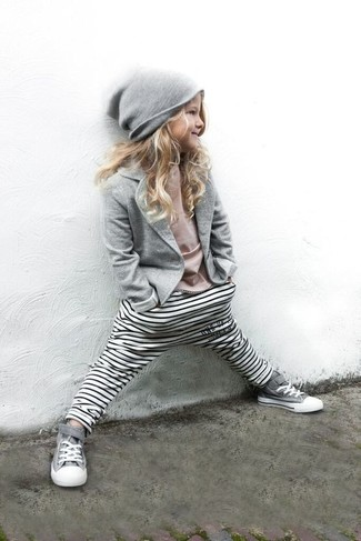 How to wear: grey blazer, pink t-shirt, white horizontal striped leggings, grey sneakers